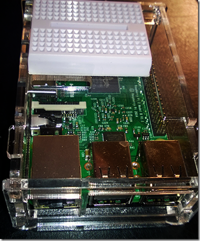 Raspberry Pi 2 in Enclosure